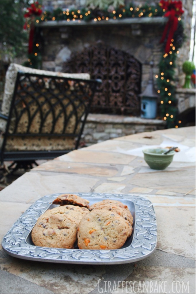 Christmas Spiced Pudding Cookies - Soft, pudding cookies full of chocolate chips and festive Christmas spice!