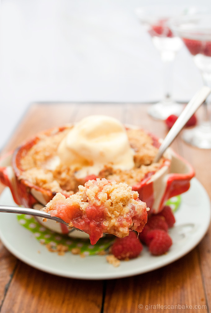 Apple-Raspberry-Ginger-Crumble-680px-8