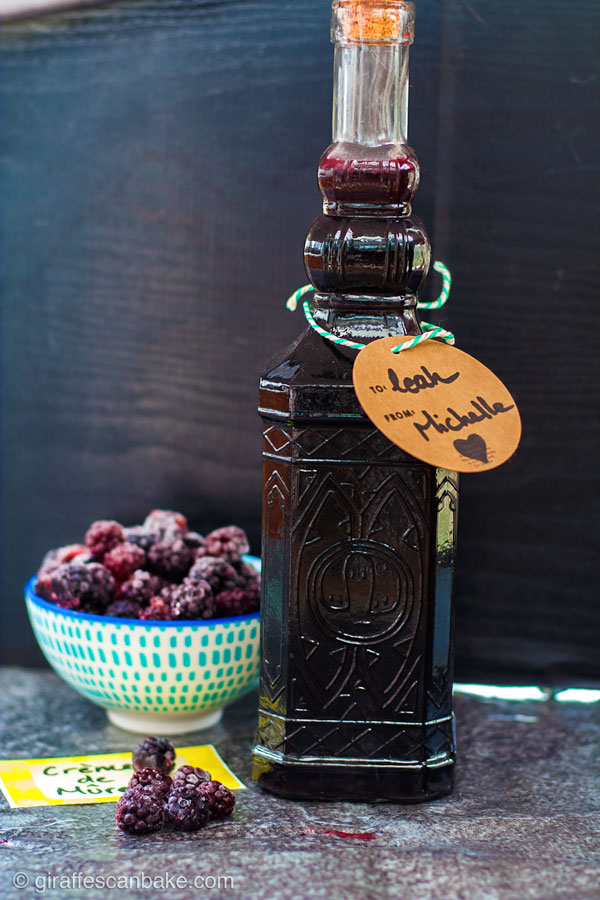 Blackberry Liqueur (Crème de Mûre) Recipe - How to Make it ...