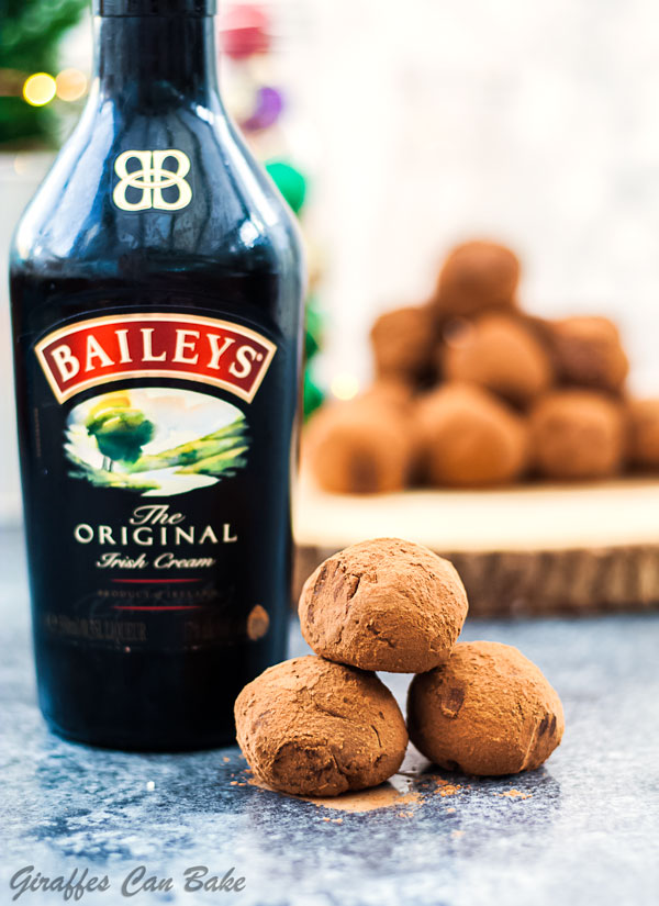 Chocolate Orange Baileys Truffles are a decadent chocolate treat everybody is going to love. They're the perfect edible gift #ad