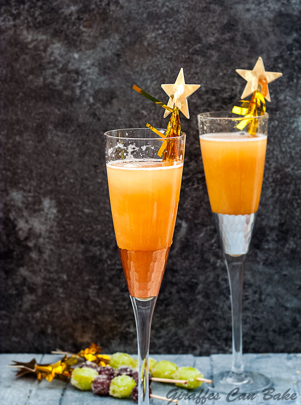 This glamorous Shimmery New Years Eve Cocktail is made with just three simple ingredients, and is the perfect way to toast in the new year #nye #newyearseve #cocktails #champagne
